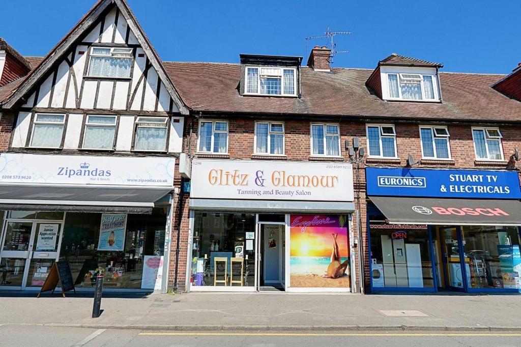 2 bedroom flat for sale, Uxbridge Road, Middlesex, Hayes