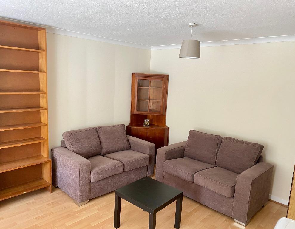 3 bedroom flat to rent, St. Leonards Street, Newington ...