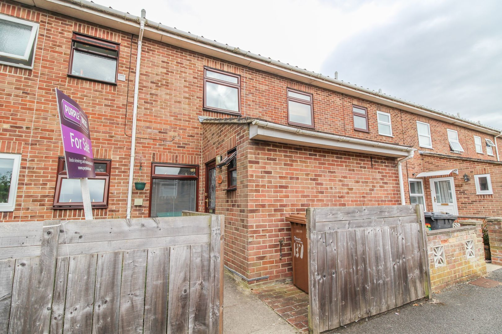 4 bedroom terraced house for sale, Tintagel Close, Andover ...