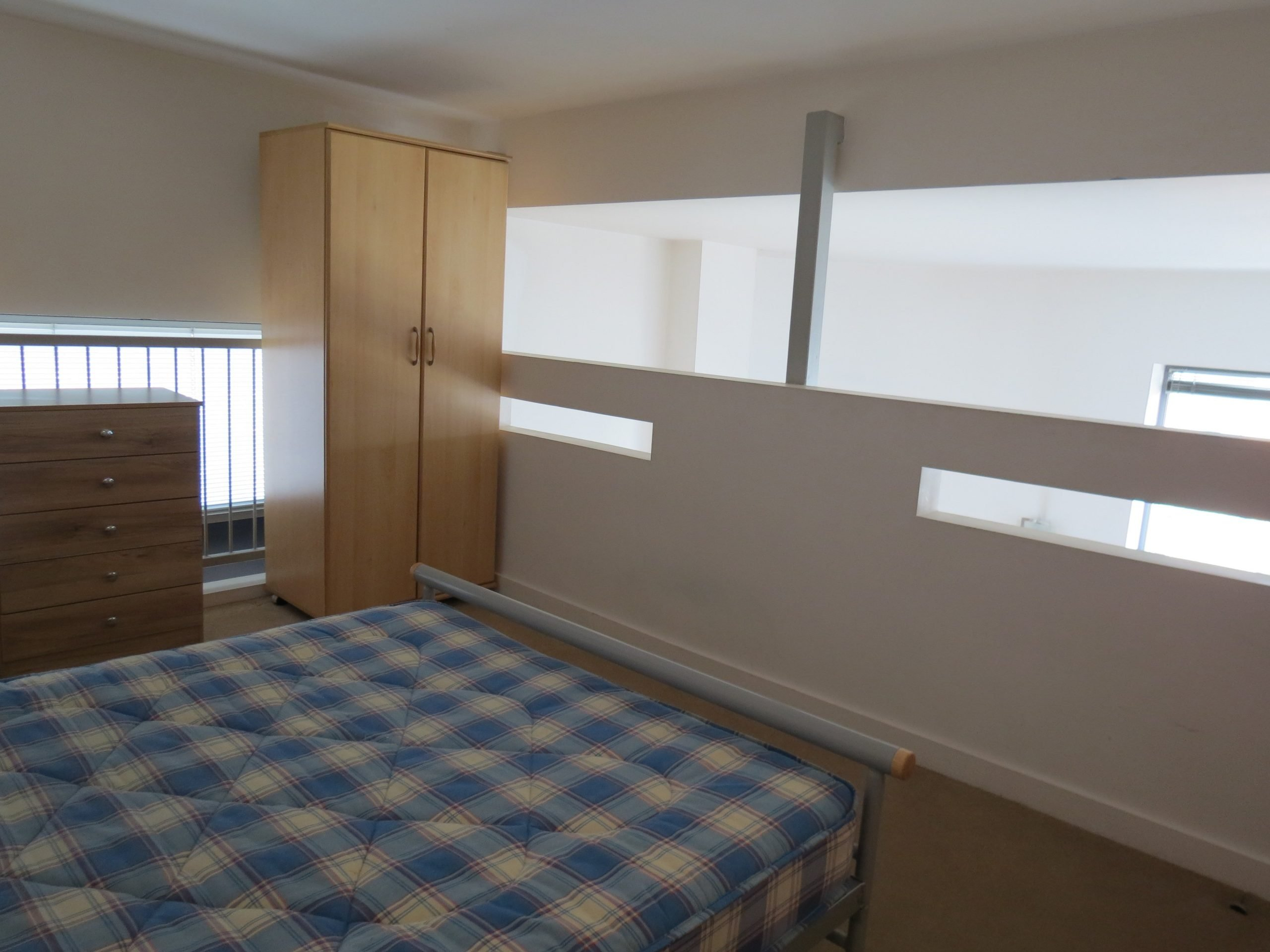 2 bedroom flat to rent, Connect House, Henry Street ...