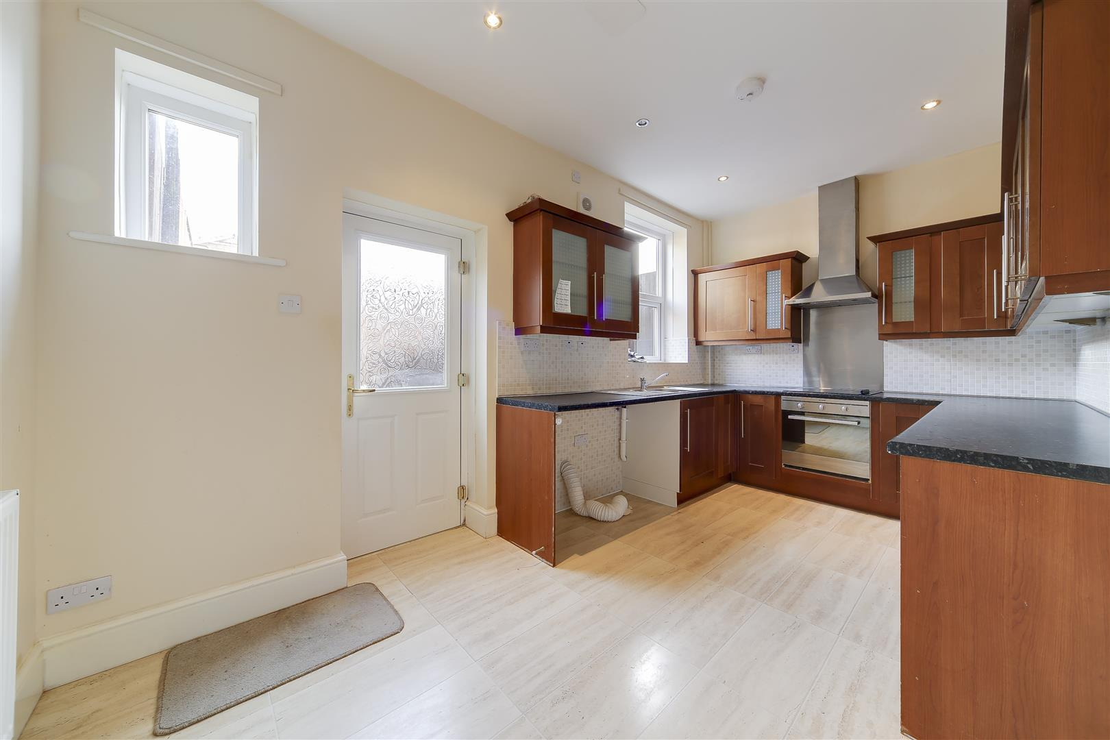 2 bedroom house to rent hamer avenue rossendale lancashire bb4